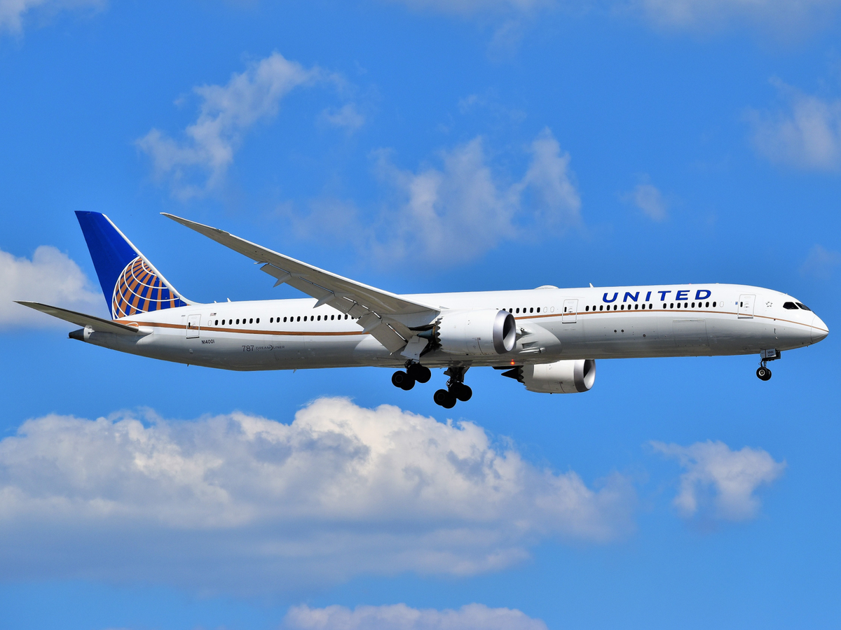 United Backs Off Plan To Cut 15 000 Workers Hours To Part Time After Union Files Lawsuit Aviation Pros