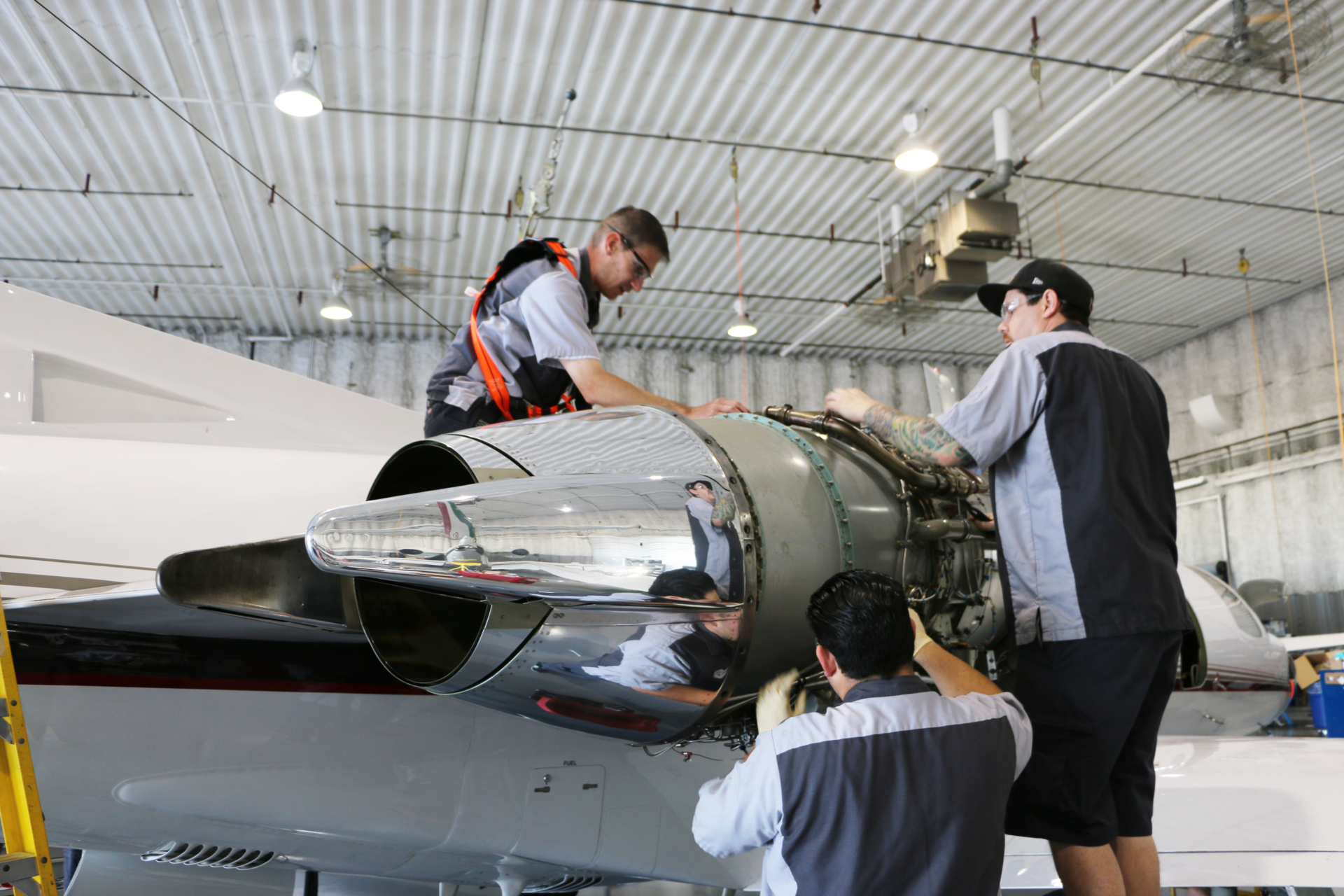 Duncan Aviation Technicians Begin New Powerplant Apprenticeship Program Aviation Pros